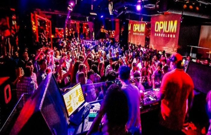 Nightlife-Barcelona-Opium-Mar